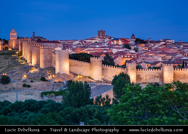 Europe - Spain - España - Castile and León - Ávila - UNESCO World Heritage Site - City of Saints and Stones - Historical town with complete & prominent medieval walls built in Romanesque style - Fortifications with 82 semicircular towers and nine gates is the most complete in Spain