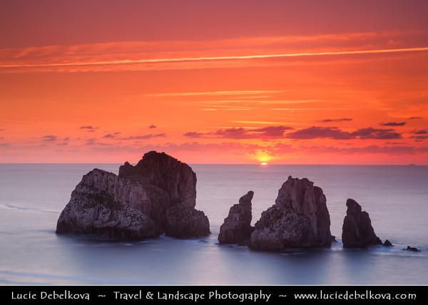 Europe - Spain - España - Basque Country - Coast of Biscay - Costa Quebrada - Los Urros area - Remarkable rocky coastal landscapes along Atlantic Ocean