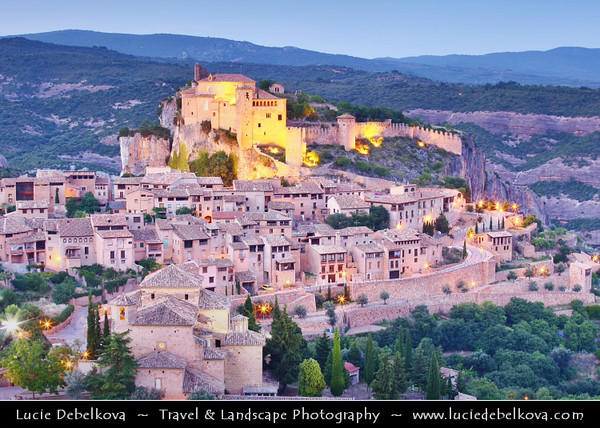 Europe - Spain - España - Aragon - Huesca Province - Alquézar - Alquezra - Beautifully intact medieval village with cobblestone streets, arched stone doorways situated on limestone outcrop