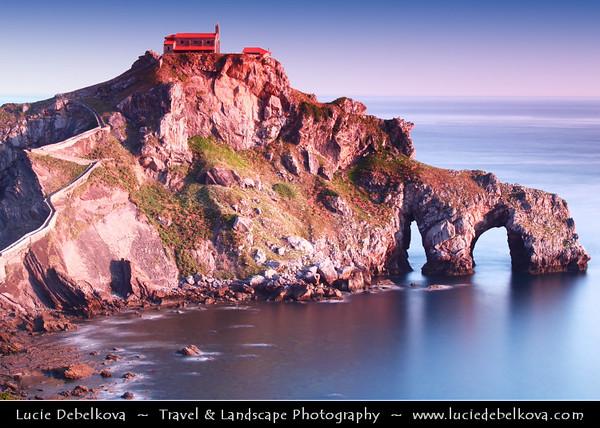Europe - Spain - España - Basque Country - Coast of Biscay - Bizkaia - San Juan de Gaztelugatxe Gaztelu - Remarkable rocky coastal landscapes along Atlantic Ocean
