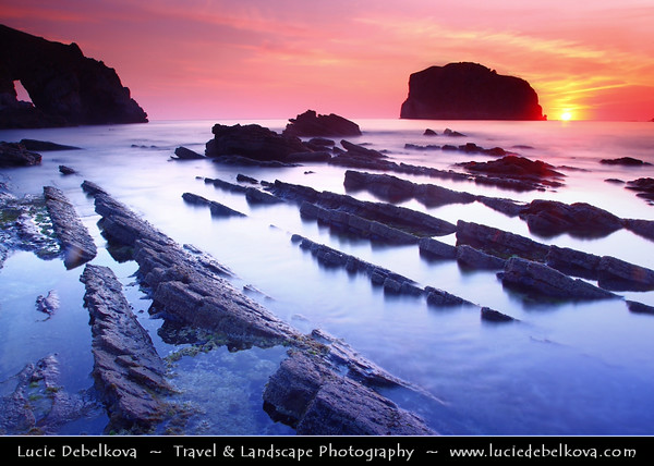 Europe - Spain - España - Basque Country - Coast of Biscay - Bizkaia - San Juan de Gaztelugatxe Gaztelu - Remarkable rocky coastal landscapes along Atlantic Ocean
