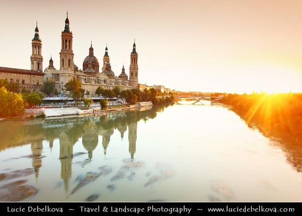 Europe - Spain - España - Aragon - Zaragoza - Saragossa - Basilica-Cathedral of Our Lady of the Pillar - Catedral-Basílica de Nuestra Señora del Pilar - Magnificent Roman Catholic church along Ebro River