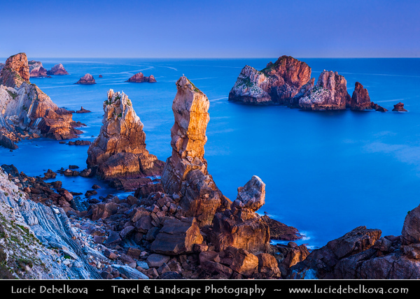 Europe - Spain - España - Basque Country - Coast of Biscay - Costa Quebrada - Los Urros area - Remarkable rocky coastal landscapes along Atlantic Ocean