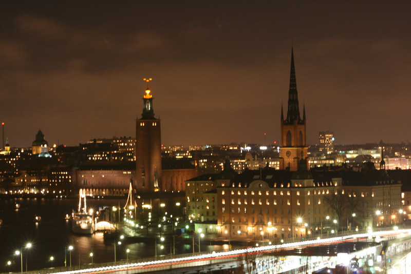 Stockholm at night - looks pretty eerie, huh?  If I was a Viking I'd live here.