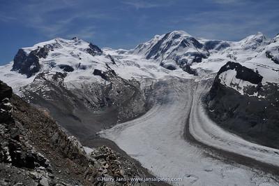 (r) Dufourspitze 4634m, (m) Liskamm 4527m, (l) Castor 4223m