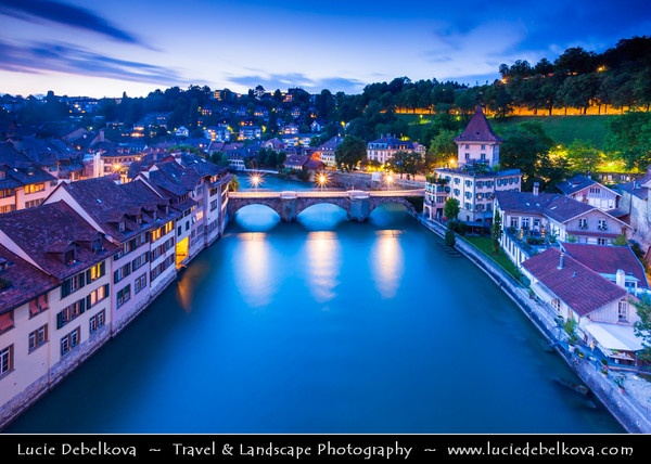 Europe - Switzerland - Swiss - Canton of Bern - Bern - Berne - Historic Old Town - UNESCO World Heritage Site - Medieval town founded in the 12th century on peninsula formed by meandering turns of river Aare