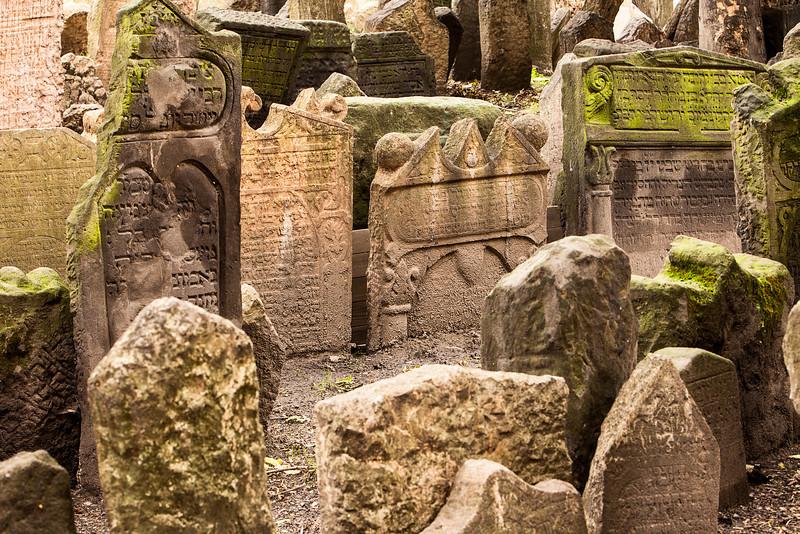 Historic Jewish Cemetery In Prague