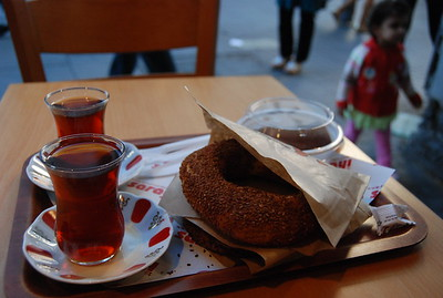 Simit and Tea, Istanbul