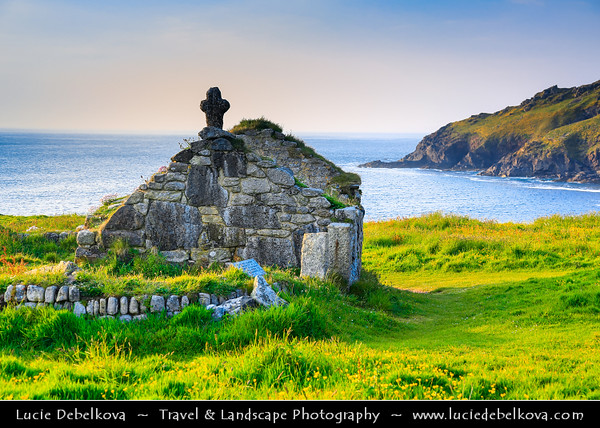 Europe - UK - England - Cornwall - Cape Cornwall - St Helen's Oratory - Ruined medieval Chapel which replaced a 6th-century church
