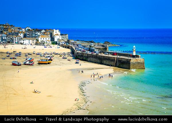 Europe - UK - England - Cornwall - St Ives - Porth Ia - St Ia's cove - Seaside town & Historic Harbour on Cornish coastline - Popular holiday resort