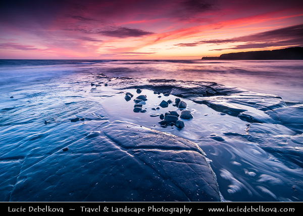 Europe - UK - United Kingdom - England - Dorset - Jurassic Coast - UNESCO World Heritage Site - Kimmeridge Bay - Stunning location of special scientific interest - One of most fossil rich places with long rock ledges, pebbled beach line & rocky outcrops