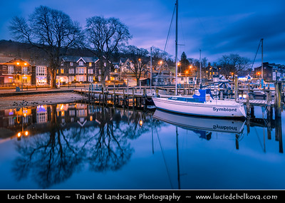 Europe - UK - United Kingdom - England - North West England - Cumbria - Lakes - Lake District National Park - Windermere - Largest natural lake in England - Waterhead Bay near Ambleside with spectacular views to Lake Windermere & Langdales beyond