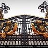 UK - England - London - Entrance gate to Buckingham Palace