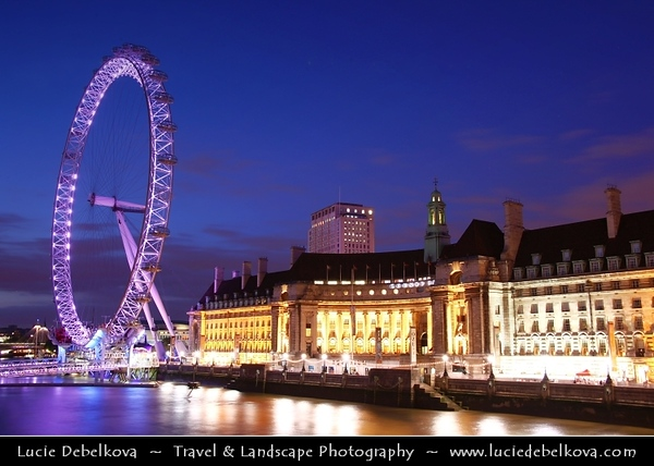 UK - England - London - London Eye - Millennium Wheel - Giant 135-metre (443 ft) tall Ferris wheel situated on the banks of the River Thames