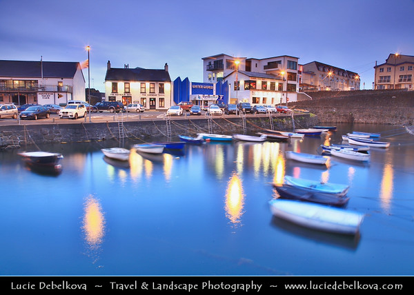 Europe - UK - Northern Ireland - County Antrim - Portrush - Port Rois - Promontory port - Small seaside resort town built on a mile–long peninsula, Ramore Head, pointing north-northwest