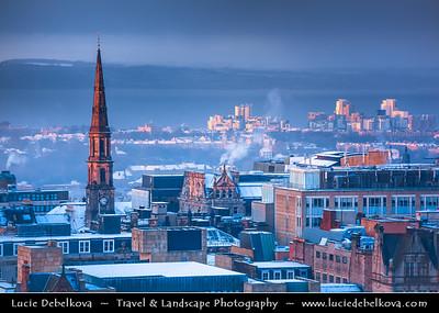 Europe - UK - Scotland - Edinburgh - Dùn Èideann - Capital city of Scotland & Seat of Scottish Parliament - View of Old Town - Winter scene under heavy snow cover