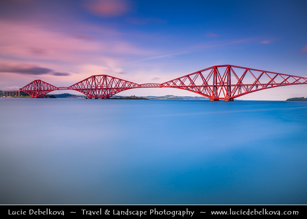 Europe - UK - United Kingdom - Scotland - Edinburgh - Forth railway Bridge spans the Firth of Forth connecting Edinburgh, at South Queensferry to Fife, at North Queensferry at Sunset