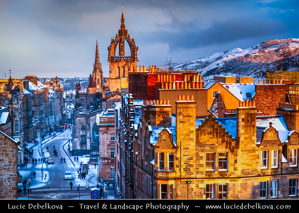 Europe - UK - Scotland - Edinburgh - Dùn Èideann - Capital city of Scotland & Seat of Scottish Parliament - View of Old Town skyline toward the crown of St. Giles Cathedral - Winter scene under heavy snow cover