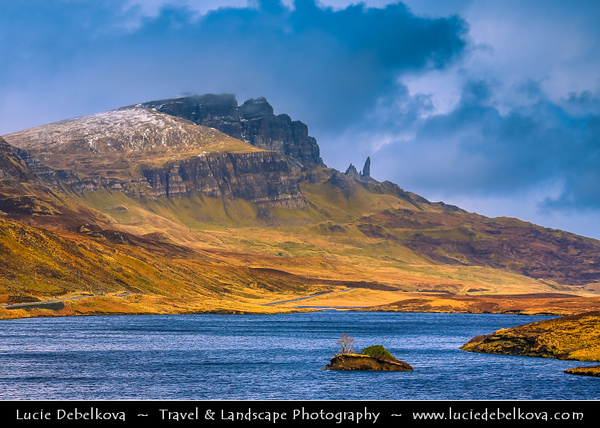 Europe - UK - United Kingdom - Scotland - Inner Hebrides - Isle of Skye - The Storr & Old Man of Storr - Spectacular view to famous summit, passing through an iconic landscape