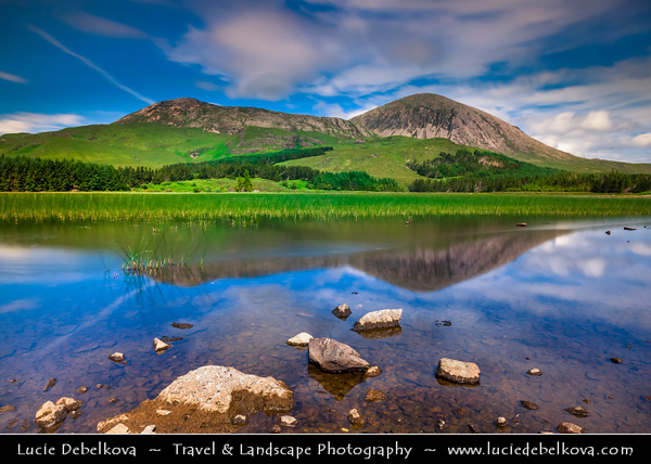 Europe - UK - United Kingdom - Scotland - Inner Hebrides - Isle of Skye - On the way to Elgol - Beinn Dearg Mhór and Loch Ainort - Red Cuillin Hills of Skye