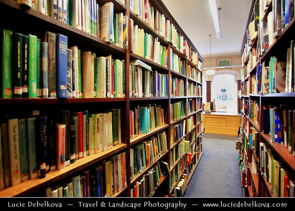 UK - Northern Ireland - Belfast - Linen Hall Library - Founded in 1788 - Oldest library in Belfast