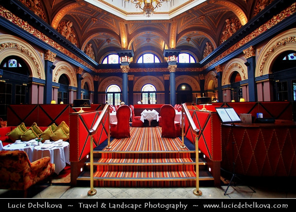 UK - Northern Ireland - Belfast - Merchant Hotel - Harmonious blend of Victorian grandeur & Art Deco inspired sleek modernity