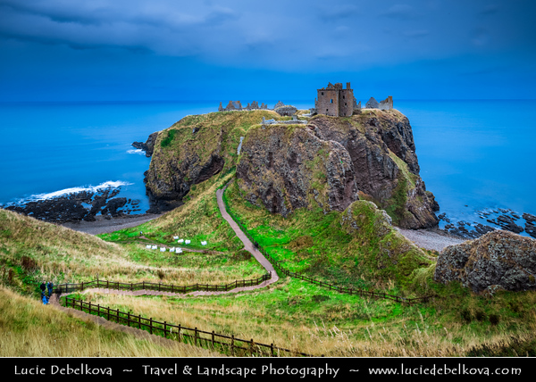 Europe - UK - United Kingdom - Scotland - Eastern Scottish coast - Dunnottar Castle - Ruined medieval fortress located upon rocky headland