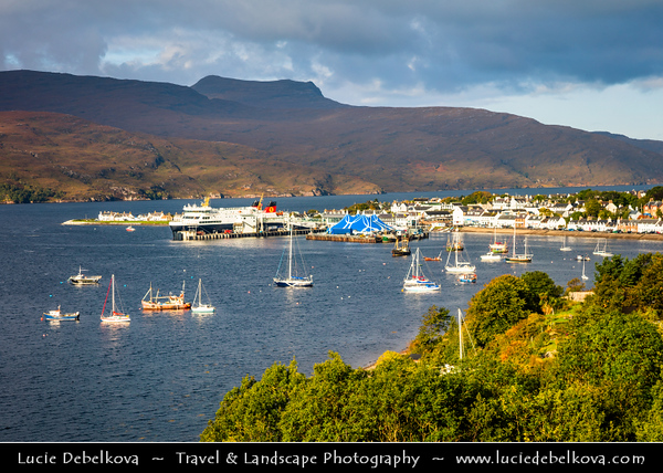Europe - UK - United Kingdom - Scotland - Western Scottish Highlands - Ross and Cromarty - Ullapool - Fishing harbour on east shore of Loch Broom