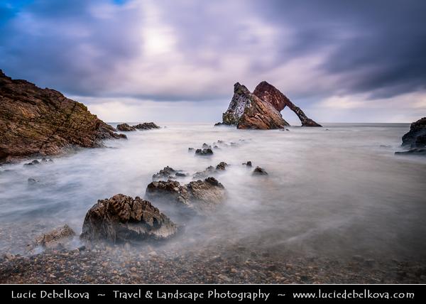 Europe - UK - United Kingdom - Scotland - North-eastern Scottish coast - Bow Fiddle Rock - Natural sea arch near Portknockie
