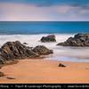UK - Scotland - Highlands - Sutherland - Northern coast - Durness - Thurso -  Sandy beach with interesting rock formation