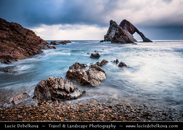 Europe - UK - United Kingdom - Scotland - North-eastern Scottish coast - Bow Fiddle Rock - Natural sea arch near Portknockie