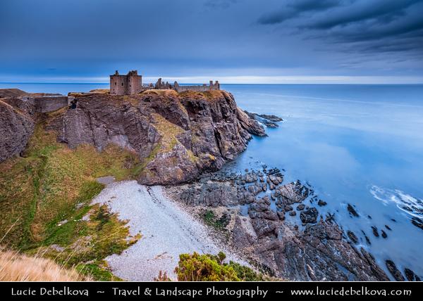 Europe - UK - United Kingdom - Scotland - Eastern Scottish coast - Dunnottar Castle - Ruined medieval fortress located upon rocky headland