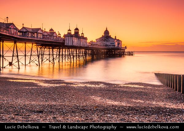 Europe - UK - United Kingdom - England - Sussex - Eastbourne - Popular seaside resorts - Eastbourne Pier - Iconic Victorian pier & Eastbourne's stunning seafront landmark at Sunrise