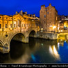 UK - England - Somerset - Bath City - UNESCO World Heritage Site - Pulteney Bridge on the river Avon in Bath at Twilight - Blue Hour - Dusk - Night