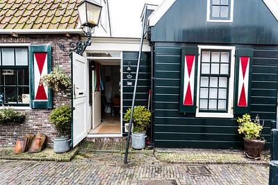 Volendam House
