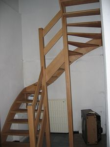 stairs_up