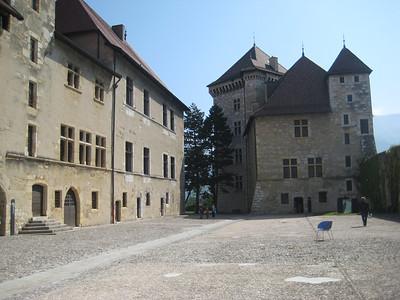 castle_square