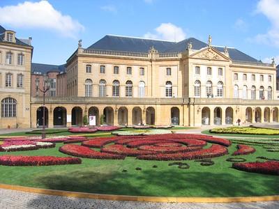 palace_view_3