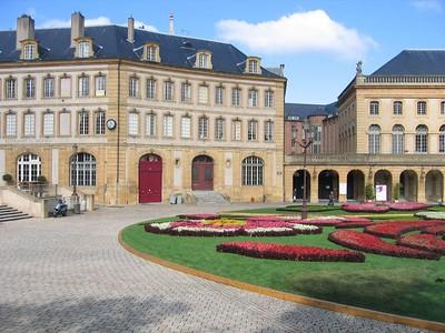 palace_view_2