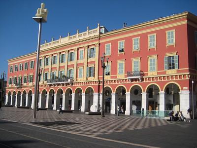 plaza_buildings_2