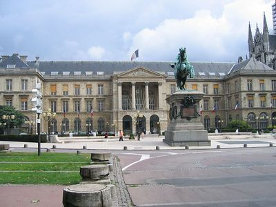 town_hall_view_2