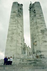 monument_close
