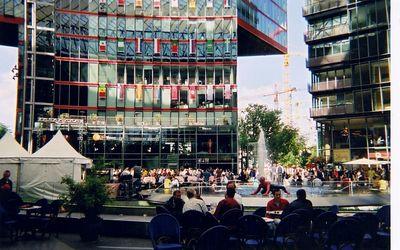 new_plaza