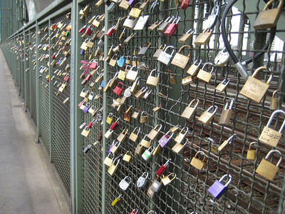 bridge_locks_1