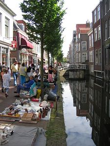 canal_shopping