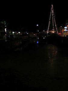 sail_boat_in_dark