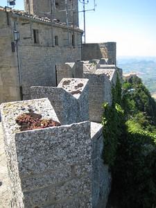 castle_walls_4