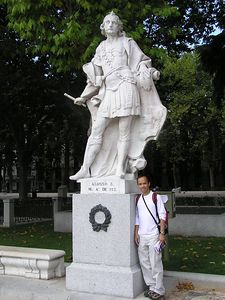 Jimmy_Statue