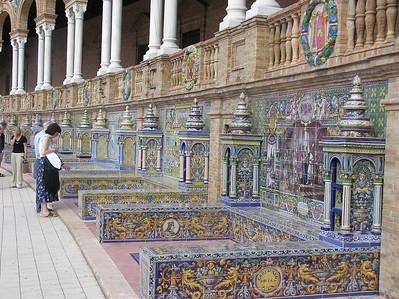 Plaza_Espana_Tiles