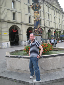 casey_ogre_statue_1
